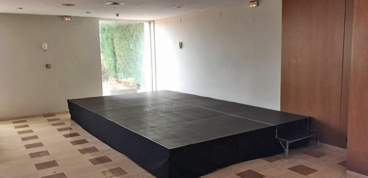 Rental and sale of stages | Eventop Barcelona